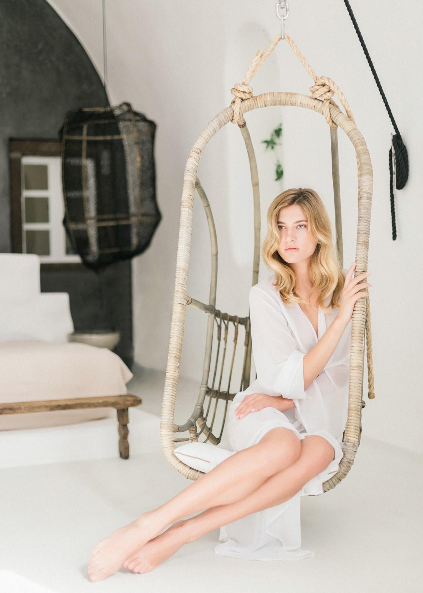 51-boudoir-santorini-wedding-photographer-greece-v