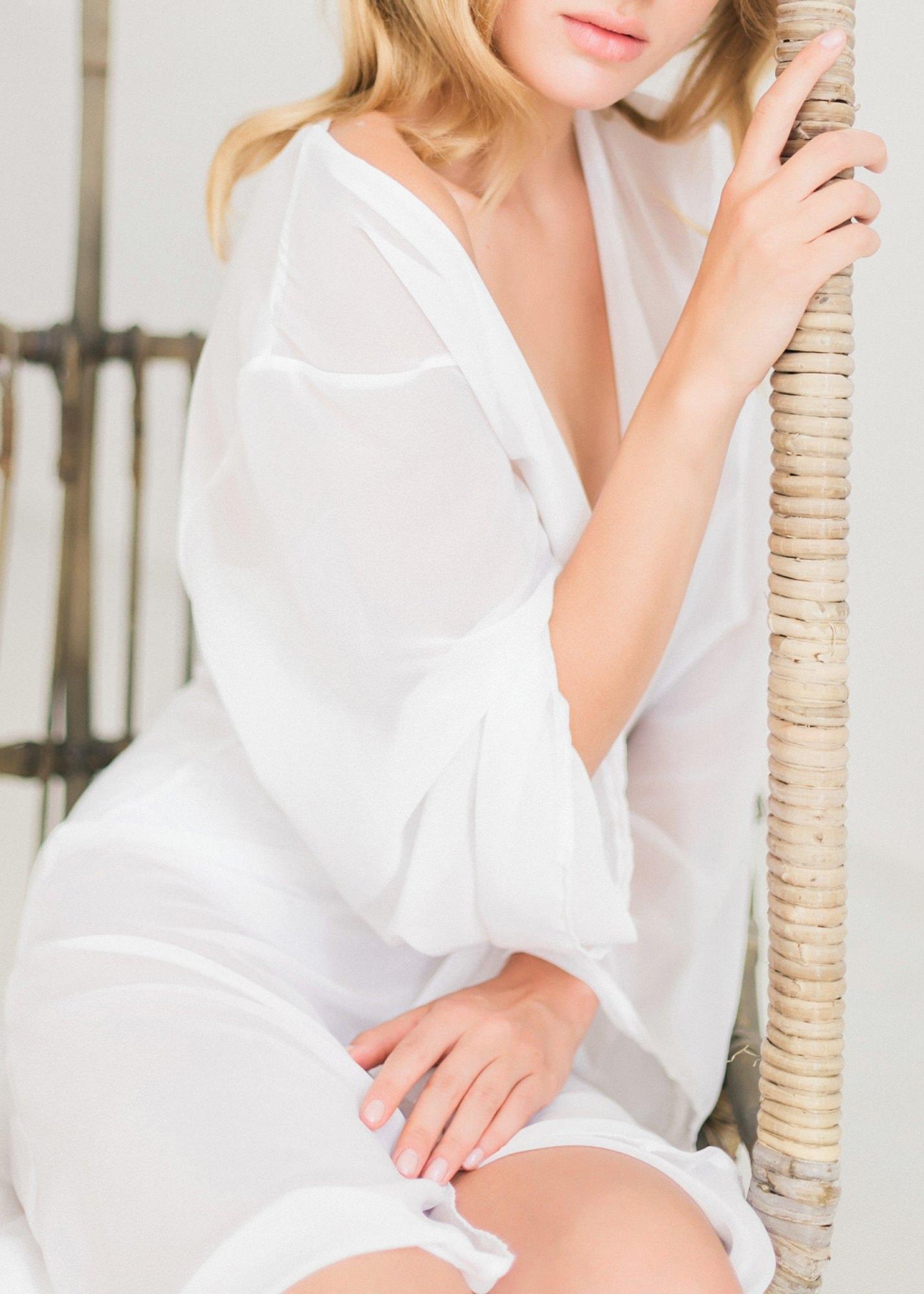 52-boudoir-santorini-wedding-photographer-greece-v