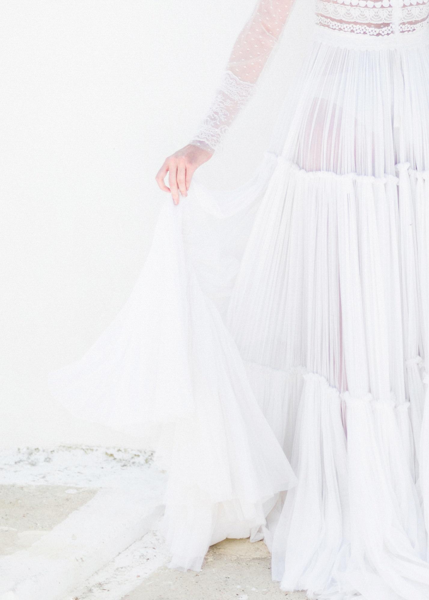 07-portrait-santorini-wedding-photographer-greece-b-v