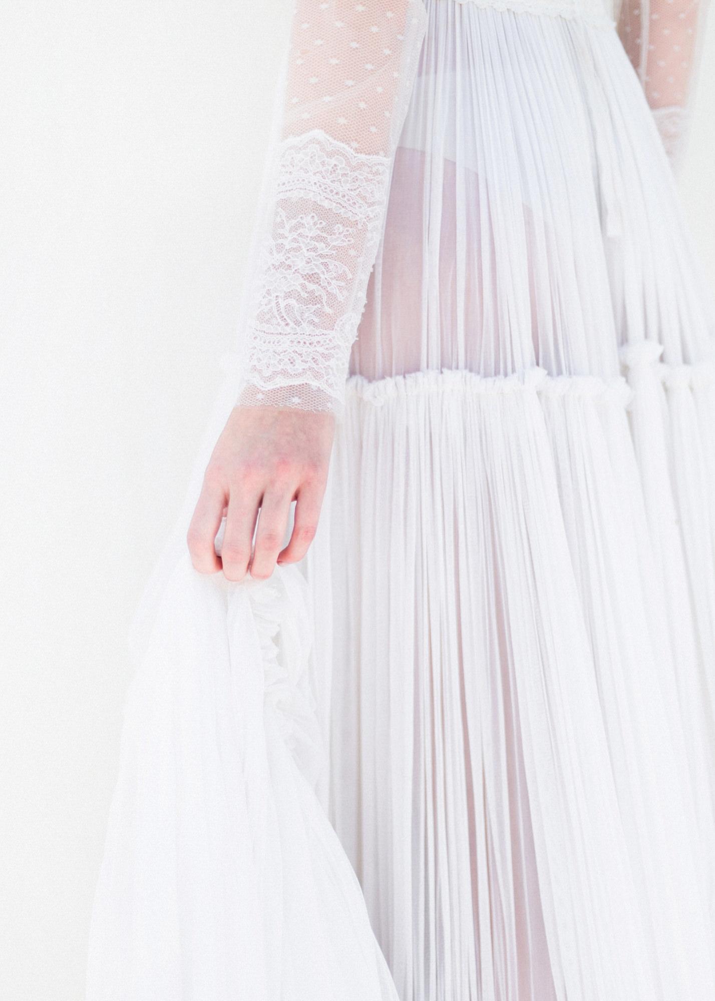 09-portrait-santorini-wedding-photographer-greece-b-v
